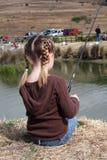 Junges Mädchen-Fischen Stockfoto
