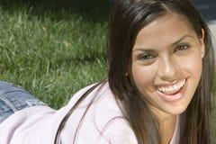 Junges Mädchen-Lächeln Lizenzfreies Stockfoto