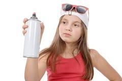 Junges Mädchen mit einer Spraydose Lizenzfreies Stockfoto