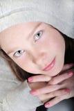 Junges Mädchen mit hübschem Gesicht lizenzfreie stockfotos
