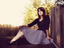 Junges Mädchen mit Retro- Rock Stockfotos