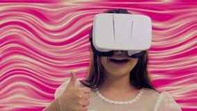 Junges Mädchen mit Kopfhörer 3D stock video