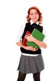 Junges schönes Kursteilnehmermädchen las Buch Stockfoto