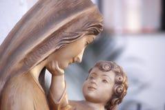 Jungfrau Maria und Jesus Stockfotos