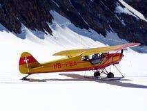 jungfrau Switzerland 08/06/2009 Samolot l?duj?cy na jungfrauj zdjęcie stock