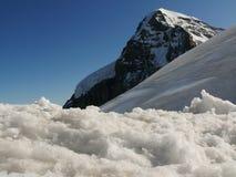 Jungfrau, Zwitserland 08/06/2009 De bovenkant van de berg stock foto