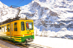 Jungfraujoch, Suisse - 29 avril 2017 : Le style ancien forme l'AMO Photographie stock