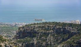 Jungfru- för slottsikt för ` s mersin för kizkalesi, Turkiet Arkivfoto