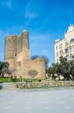 Jungfru- torn i Baku, Azerbajdzjan Arkivbild