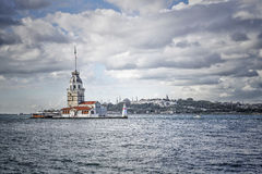 Jungfru- torn i Bosphorus, Istanbul i Turkiet Fotografering för Bildbyråer