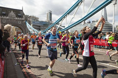 Jungfrulig pengarLondon maraton, 24th April 2016 Fotografering för Bildbyråer