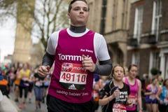 Jungfrulig pengarLondon maraton, 24th April 2016 Arkivbilder