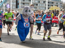 Jungfrulig pengarLondon maraton, 24th April 2016 Royaltyfri Bild