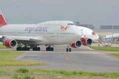 Jungfruliga atlantiska Boeing 747 - 400 Arkivfoton