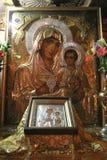 Jungfruliga Mary med behandla som ett barn Jesus, kyrkan av griften av jungfruliga Mary Royaltyfri Fotografi
