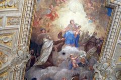 Jungfruliga Mary med behandla som ett barn Jesus och Carmelite helgon Royaltyfri Fotografi