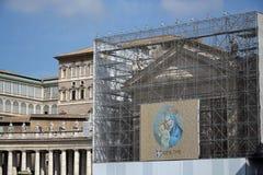 Jungfruliga Mary med totalt din Jesus Kristusâ Royaltyfri Foto