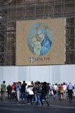 Jungfruliga Mary med totalt din Jesus Kristusâ Arkivfoto