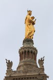 Jungfruliga Mary, Notre Dame de la Garde klockatorn, Marseille Arkivbild
