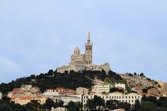 Jungfruliga Mary på det Notre Dame de la Garde klockatornet, Marseille Fotografering för Bildbyråer