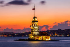 Jungfrutornsolnedgång istanbul Fotografering för Bildbyråer