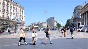 19. Juni 2017 Bordeauxfrankreich-Oper Quadrat in der historischen Mitte von Bordeaux stock video footage