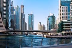 JUNI 4: Bostadsområdet av den Dubai marina Arkivbilder