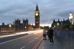26 Juni 2015: Londen, het UK, Big Ben of Groot Klokketoren of Paleis van het Westenminister of het Britse Parlement bij nacht Stock Afbeelding