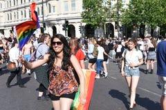 27 Juni 2015: Londen, het UK, Niet geïdentificeerde Mensen in volledig enthousiasme in Pride In London Parade in Trafalgar Square Royalty-vrije Stock Foto