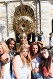 27. Juni 2015: London, Großbritannien, nicht identifizierte Leute in der vollen Begeisterung bei Pride In London Parade am Trafal Lizenzfreies Stockfoto
