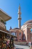 19 JUNI 2017 Sikt av den Suleymaniye moskén i den Rhodes staden Fotografering för Bildbyråer