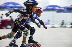 Junior Roller Skating Lizenzfreie Stockfotografie