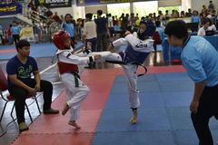 Junior Taekwondo konkurrens Arkivbilder