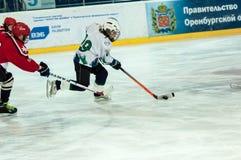 Juniora lodowy gracz w hokeja Fotografia Royalty Free