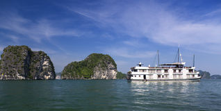 Junk boat in Ha Long Bay Stock Images