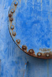 Junta de tubo azul oxidada Fotos de archivo