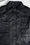 Jupe en cuir noire Photos stock