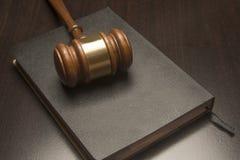 Juridisk auktionsklubba Arkivbild
