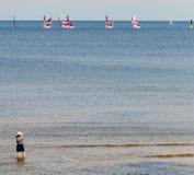 Jurmala, Letónia - 14 de agosto de 2018: Sandy Beach em Jurmala Foto de Stock Royalty Free