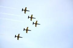 JURMALA, LETTLAND - 25. JULI: Das lettische aerobatic Bildschirmanzeigeteamth Stockbild