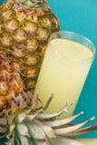 Jus d'ananas Photographie stock libre de droits
