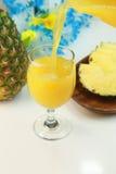 Jus d'ananas Photos libres de droits