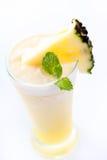 Jus d'ananas frais Photographie stock libre de droits