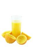 Jus d'orange avec la main, compression d'orange. images libres de droits