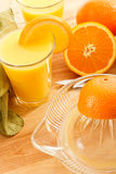Jus d'orange serré frais Images libres de droits