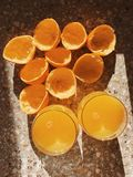 Jus d'orange serré frais Image libre de droits
