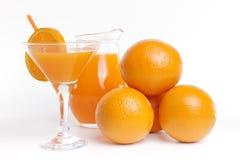 Jus d'orange sur le fond blanc Image libre de droits