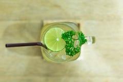 Jus de citron Photographie stock