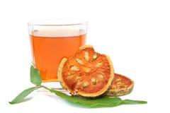 Jus de fruit de Bael, jus de fines herbes pour la santé Image libre de droits