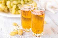 Jus de raisins en glace images stock